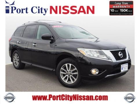 2013 Nissan Pathfinder SV w/Moonroof & Tow Pkg